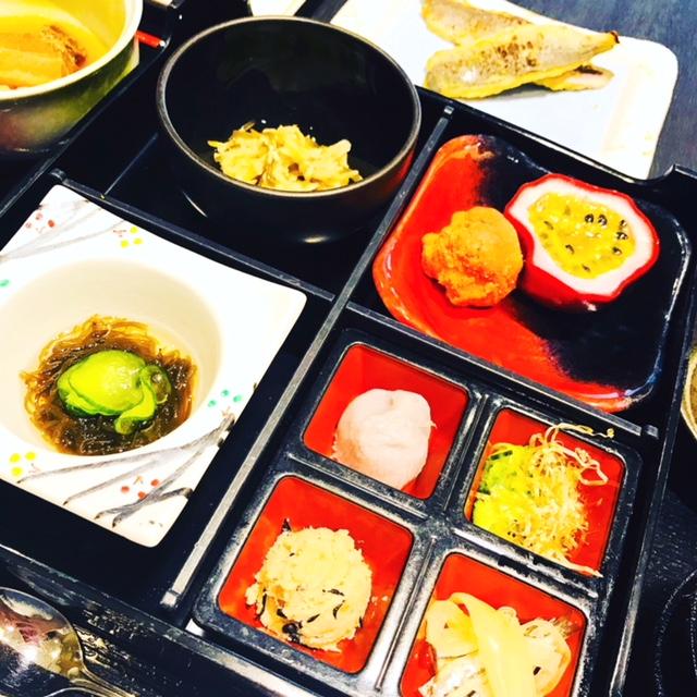 沖縄料理の朝食
